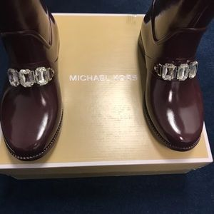 💕Host Pick💕 Adorable Michael Kors Rain Boots